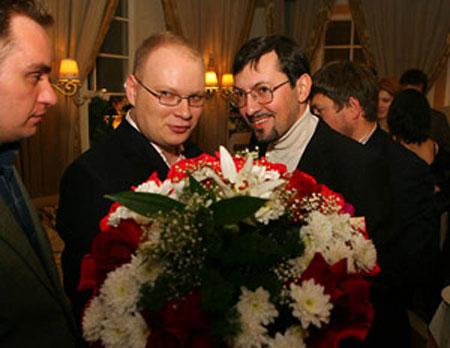 http://www.skandaly.ru/pixs/1165998359-0.jpg
