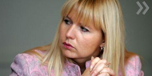 Советница президента по вопросам экономики Элина Эгле продолжает переживать