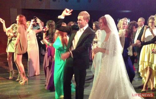 Дорн на свадьбу