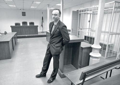 Председатель Ленинского районного суда Константин Зайцев считает, что через 10 лет процесс над Навальным не вспомнят