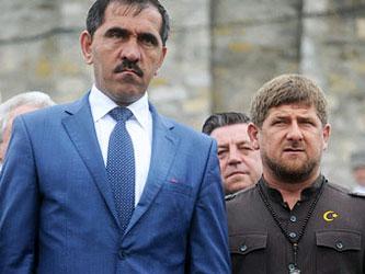 Юнус-Бек Евкуров и Рамзан Кадыров. Фото с сайта firstnews.ru