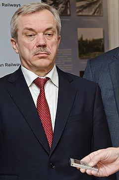 Евгению Савченко подбирают достойного конкурента из состава ЛДПР Фото: Олег Харсеев / Коммерсантъ