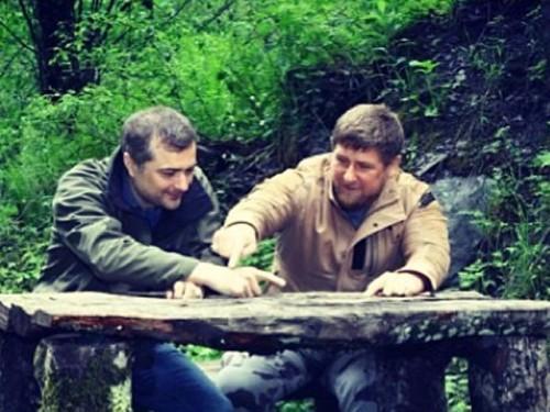 Напомним, что Рамзан Кадыров и Владислав Сурков являются названными братьями, о чем не забыл напомнить глава Чечни instagram.com
