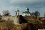 280px-Izborsk.Church.Fortress