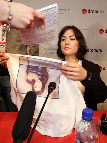 После пресс-конференции - автограф сессия... Фото: Игорь НОВИКОВ