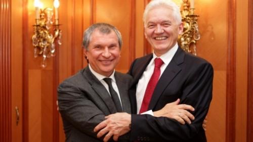 Игорь Сечин и Геннадий Тимченко. Фото: пресс-служба ОАО «НК Роснефть»