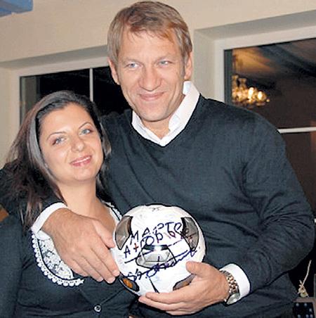 Маргарита СИМОНЬЯН ждёт ребёнка от гражданского мужа Андрея БЛАГОДЫРЕНКО