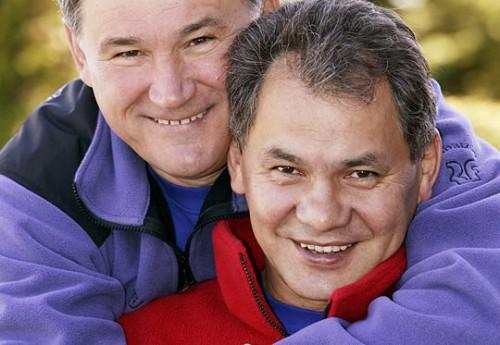 Дружба Юрия Воробьева (слева) и Сергея Шойгу сыграла заметную роль в политической карьере нынешнего главы Подмосковья Фото: PhotoXpress
