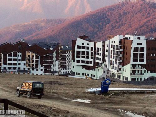 Горная олимпийская деревня. Ее строительство обошлось курорту «Розе Хутор» в $1 млрд и сделало весь проект неокупаемым.