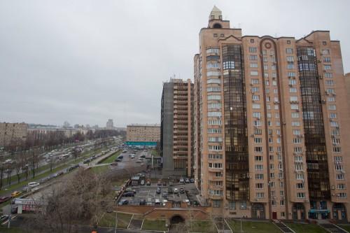 В доме на улице Академика Зелинского, 6, Владимир Путин получил свою первую московскую квартиру