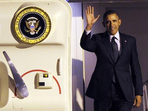 """Трех сотрудников Секретной службы США, которые должны были обеспечивать безопасность визита президента Соединенных Штатов Барака Обамы в Европу, отстранили от исполнения обязанностей и """"отправили домой в связи с нарушением дисциплины"""" Reuters"""
