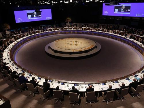 Ключевой частью его визита в бельгийскую столицу станет саммит США-ЕС, на котором будут обсуждаться ситуация на Украине, перспективы создания трансатлантической зоны свободой торговли, ход урегулирования ядерной проблемы Ирана Reuters