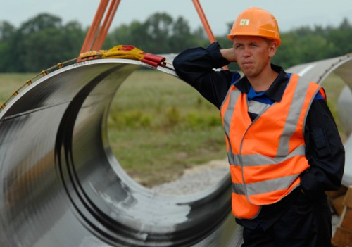 Немецкий торговый дом Ротенбергов снабжает «Газпром» трубами, которые нельзя купить в России Фото: С. Портер / Ведомости