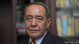 В МИСИ Язловский познакомился с будущим министром печати Михаилом Лесиным