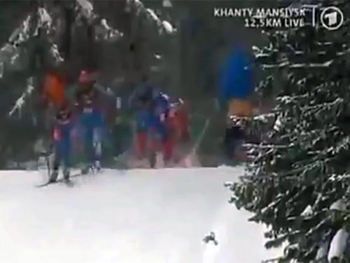 Участники сборной Норвегии своеобразно отпраздновали окончание розыгрыша Кубка мира, устроив массовый стриптиз в заключительный день последнего этапа соревнований в Ханты-Мансийске ARD