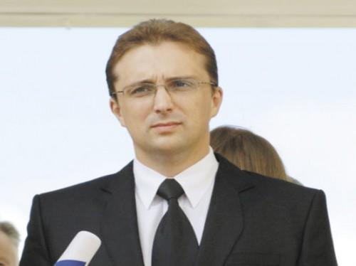 Следователь СКР Игорь Бедерин грезит лучами софитов.