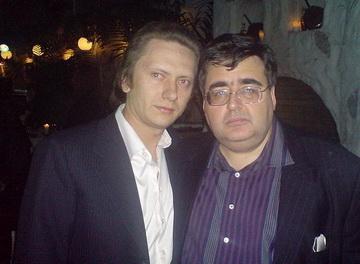 Деревщиков (слева) и Митрофанов, которые (как заявил Митрофанов) не знакомы