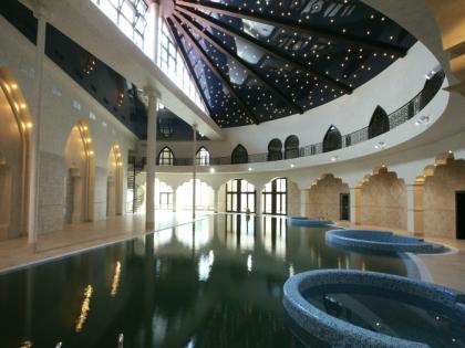 Бассейн с купелями под звездным сводом, гостевые дома Architecton
