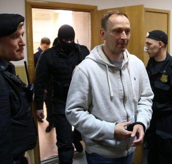 Генерал-лейтенант Денис Сугробов в Басманном суде Москвы