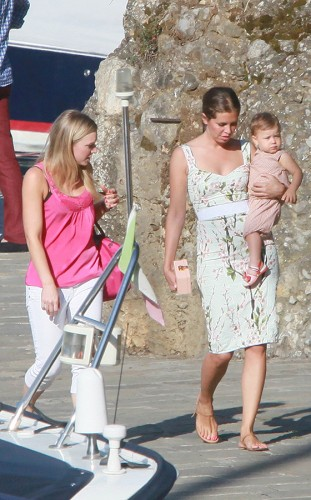 Roman Abramovich seen with his girlfriend Dasha Zhukova and children in Portofino