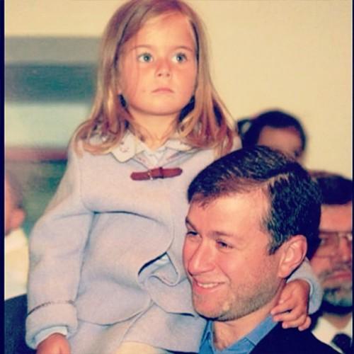 Роман Абрамович со средней дочерью Софьей