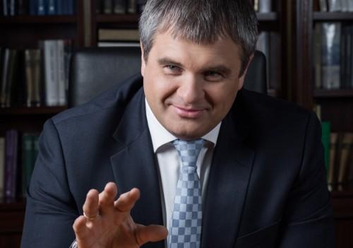 Роман Путин уверяет, что занимается бизнесом для души (например, производством гиропланов), потому что не получил разрешения зарабатывать большие деньги. Фото: Reuters