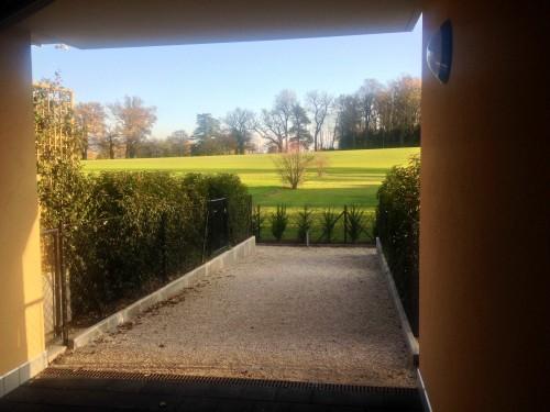 Вид на сад в доме Голуховых