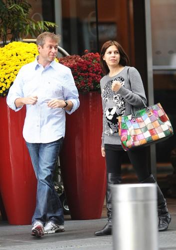 Роман Абрамович и Даша Жукова на прогулке в Нью-Йорке