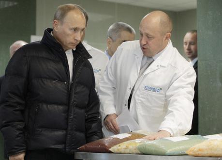 Пригожина называют «кремлевским поваром», «личным поваром Путина» или «придворным кулинаром» Фото ura.ru
