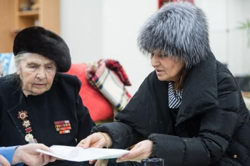 Дидо Гигуашвили (справа)