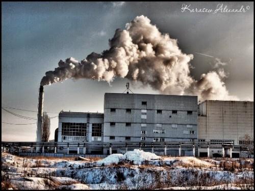 Так дымит завод JTI в Ельце: идет переработка отходов на табачок для россиян