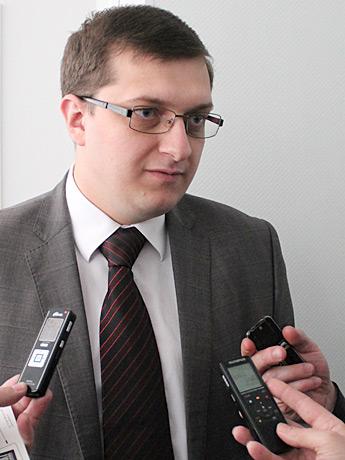 Артем Хенкин