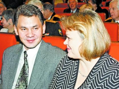 """Знакомые Шойгу отдают контракты знакомым его жены. Фото: РИА """"Новости"""""""
