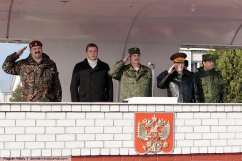 Сенатор Дмитрий Саблин у «подшефных» чеченских силовиков