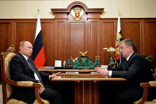 Фото со встречи с Худилайненом подписано на сайте Кремля 11 марта. Фото: Пресс-служба Президента России