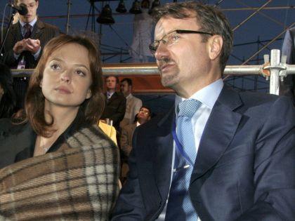 Глава Сбербанка с супругой Яной. Фото: sobesednik.ru
