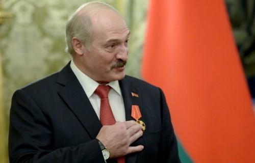 Награждение произошло в Москве, где лидеры двух стран встретились, чтобы провести заседание Высшего Госсовета Союзного государства. Фото: пресс-служба президента России