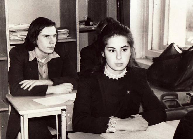 В том же десятом классе (1977)