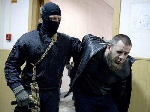 Отметив, что, по сообщениям СМИ, Заур Дадаев подтвердил свою причастность к убийству. Фото: Сергей Бобылев / Коммерсантъ