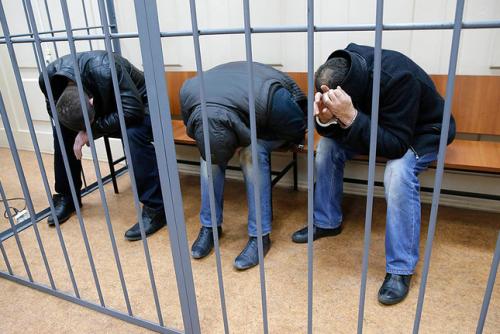 На суде почти все задержанные просили отпустить их, ссылаясь на состояние здоровья. Фото: Максим Шеметов/Reuters