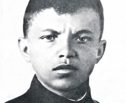 Матросов спас сотни жизни ценой своей Фото: Вечерняя Москва