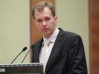 Член комитета Госдумы по бюджету и налогам Дмитрий Ушаков.Фото: spravedlivo.ru