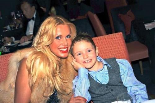 Анжелика с сыном Михаэлем