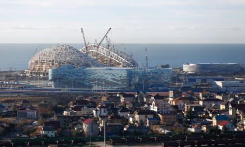 Общие расходы на проведение Олимпийских игр, с учетом сопутствующего инфраструктурного строительства, «Олимпстрой» в 2014 г. оценивал более чем в 1,5 млрд руб. Фото: 12millionov.com