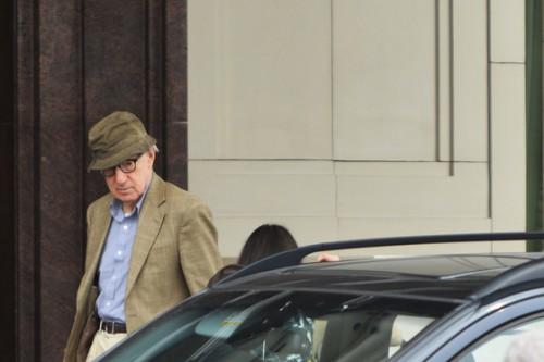 Неподалеку от Красной площади был замечен режиссер Вуди Аллен