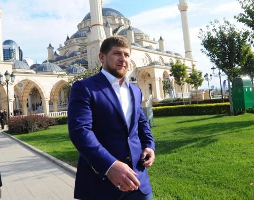 """Когда Рамзан Кадыров в одном из своих интервью в ответ на критику дотационной экономической модели Чечни заявил, что деньги республике """"дает Аллах"""", он едва ли кривил душой. Фото: Агентство """"Фото ИТАР-ТАСС"""""""