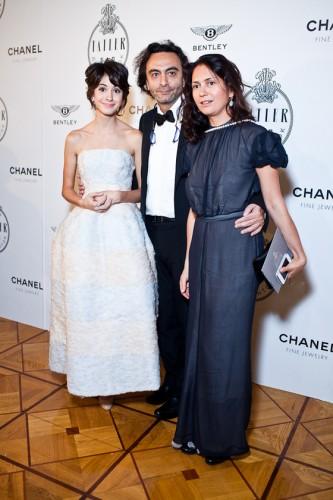 В многолетнем браке с актрисой Линой Эспли режиссер воспитывает двоих детей