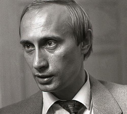 СМИ узнали об интересе американских шпионов к Путину со времен его работы в администрации Санкт-Петербурга.Фото: © РИА Новости / Сергей Компанийченко