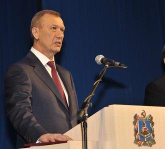 Губернатор Николай Денин присягу не выдержал — получил 4 года колонии Фото: Владимир ГОРОВЫХ / ТАСС