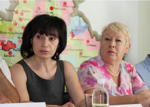 Адвокат Светлана Манукян (слева)